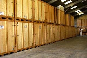 armazéns para guardar móveis
